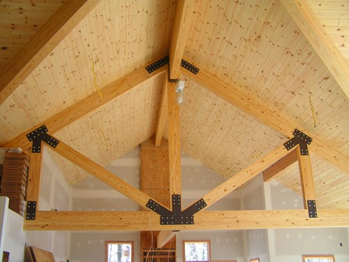 Interior queen post truss example.